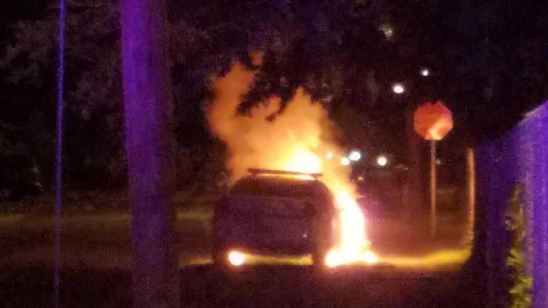 Daytona PD car burning 2.jpg