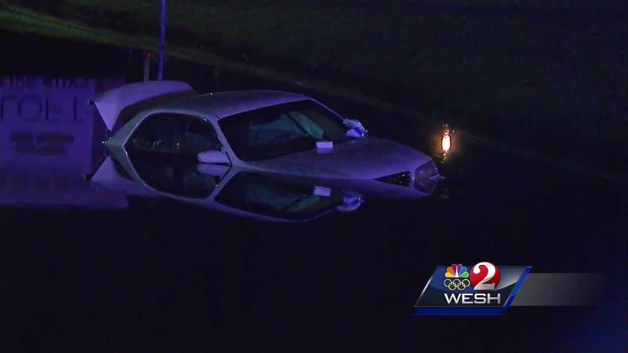 Witness describes crash into Orange County pond