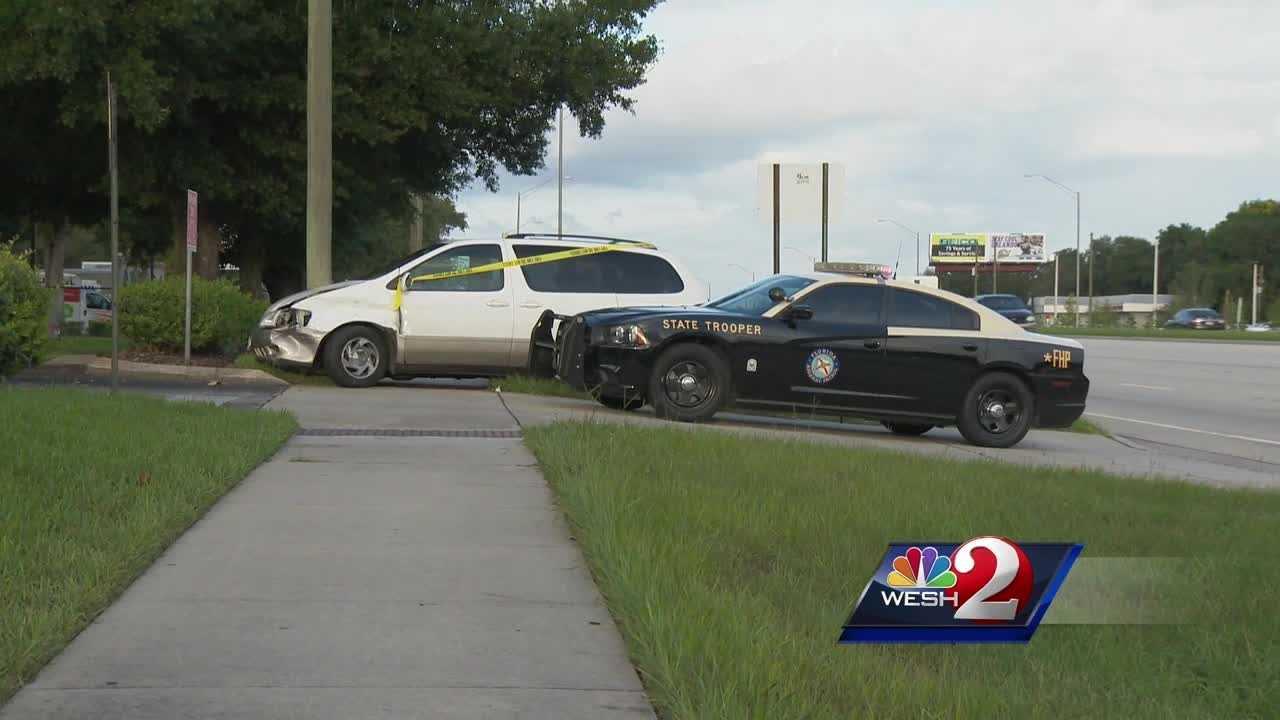 Six vehicles involved in Apopka crash