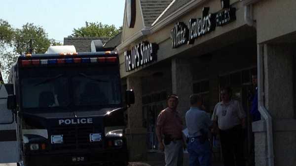 jewelry store robbery 01.jpg