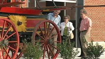 An original fire pumper first built for the city of Lancaster in 1830 is up for auction.