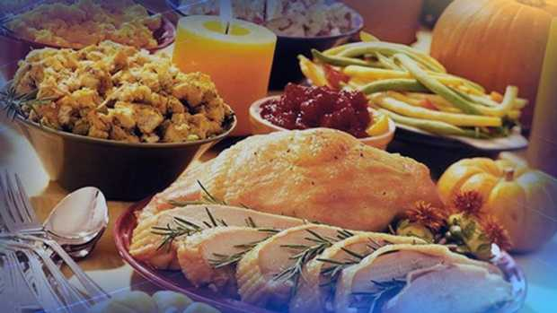 11.20.12 thanksgiving table graphic