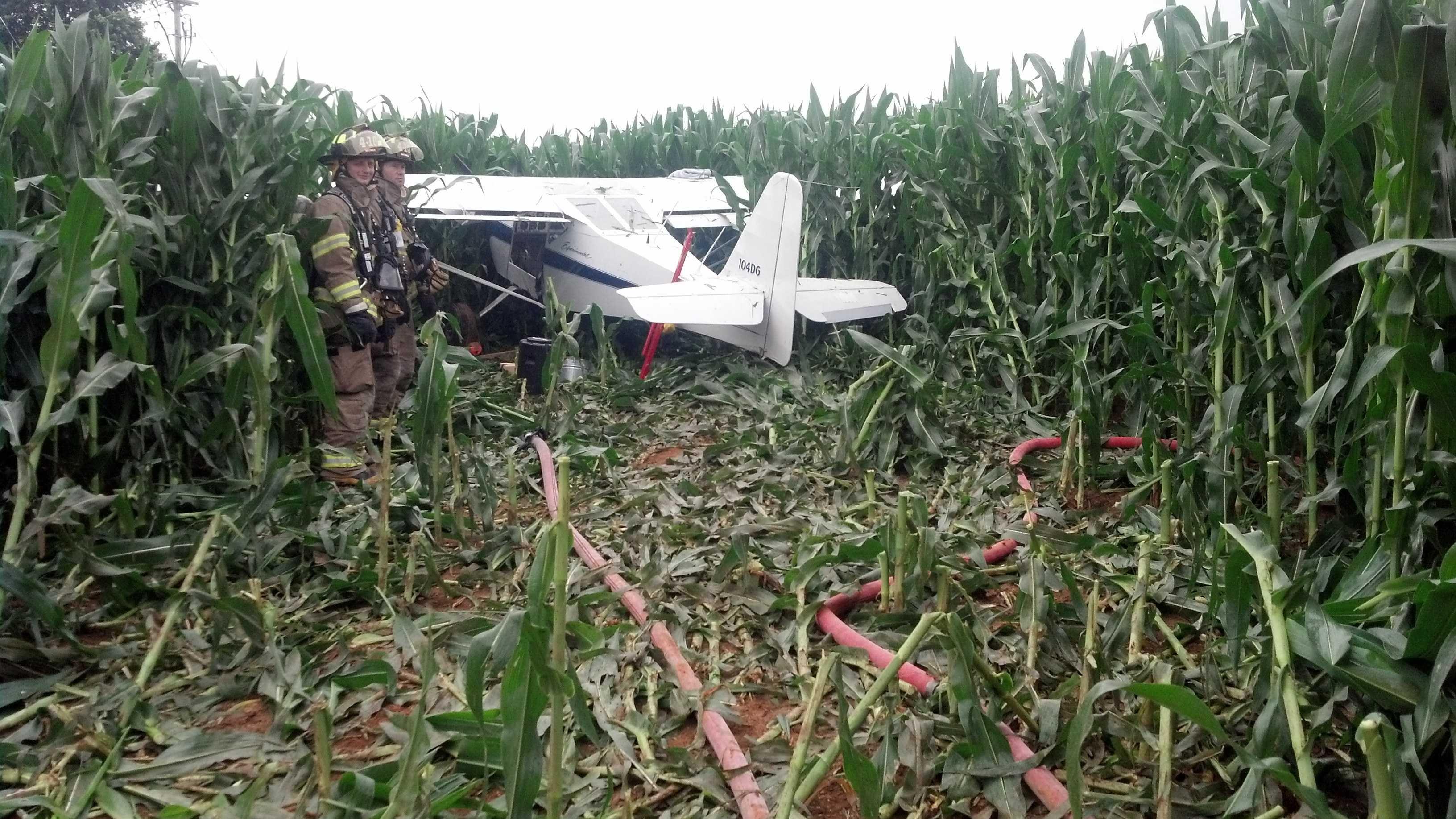 7.12.13 plane crash 02.jpg