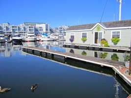 "Houseboat Haven: Green Turtle Floating Bed and Breakfast, Boston, Massachusetts.Moored in Boston Harbor, this floating houseboat offers travelers a comfortable rest on the water. After a day of touring nearby sites along the Freedom Trail, guests can enjoy stunning views of the Boston skyline or unwind with luxurious amenities in one of two suites that offer private bathrooms, in-room kitchenettes, and Wi-Fi. A TripAdvisor traveler commented, ""It was the best night's sleep I've had in months, and I felt so at ease in the comfort of this wonderful bed and breakfast."""