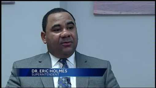 Dr Eric Holmes