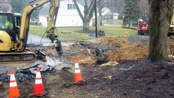 The water company called an independent engineer to assess the situation after the sinkhole got larger.
