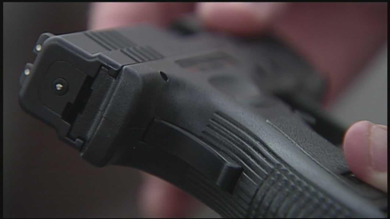 DA proposes gun changes