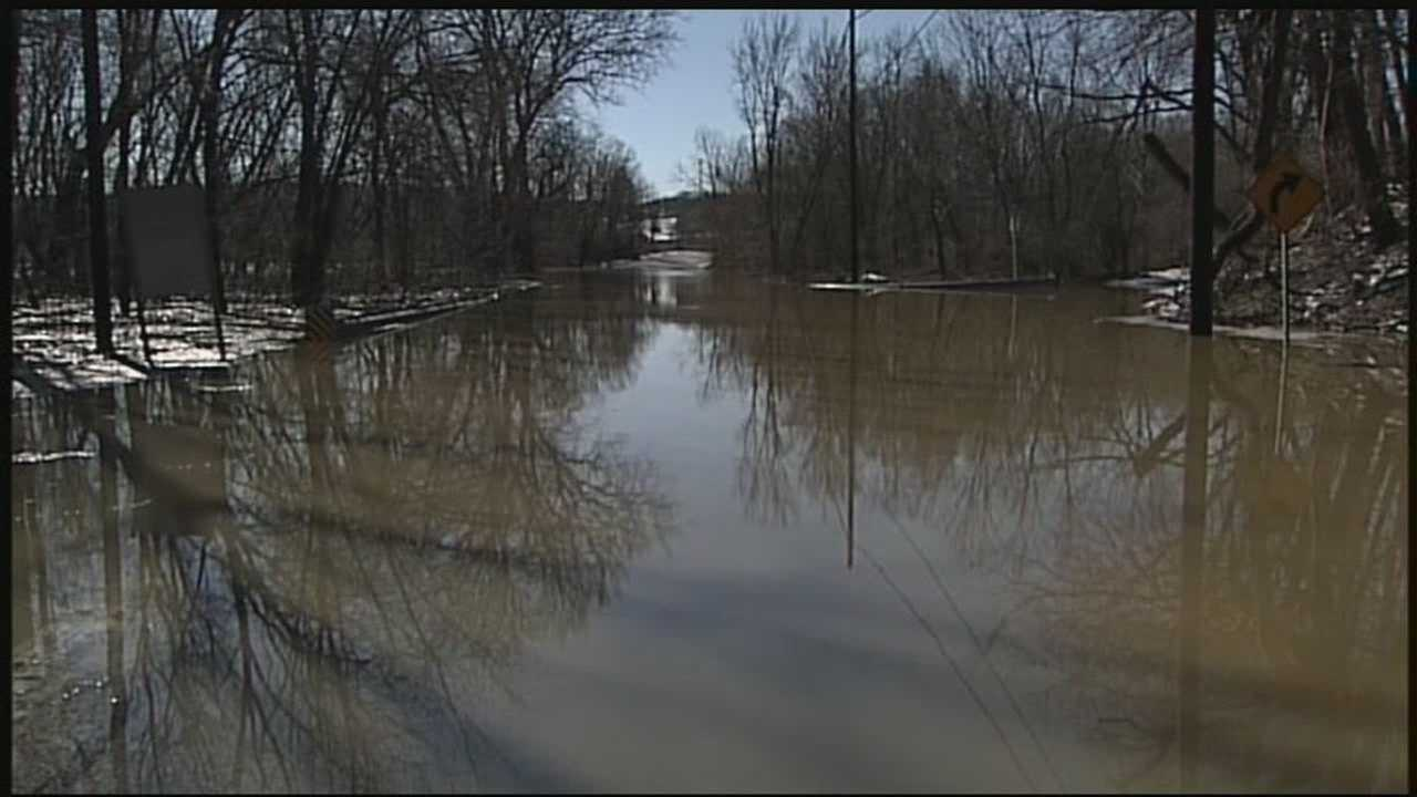 News 8 at Noon 3.31.14 york flooding closes some roads