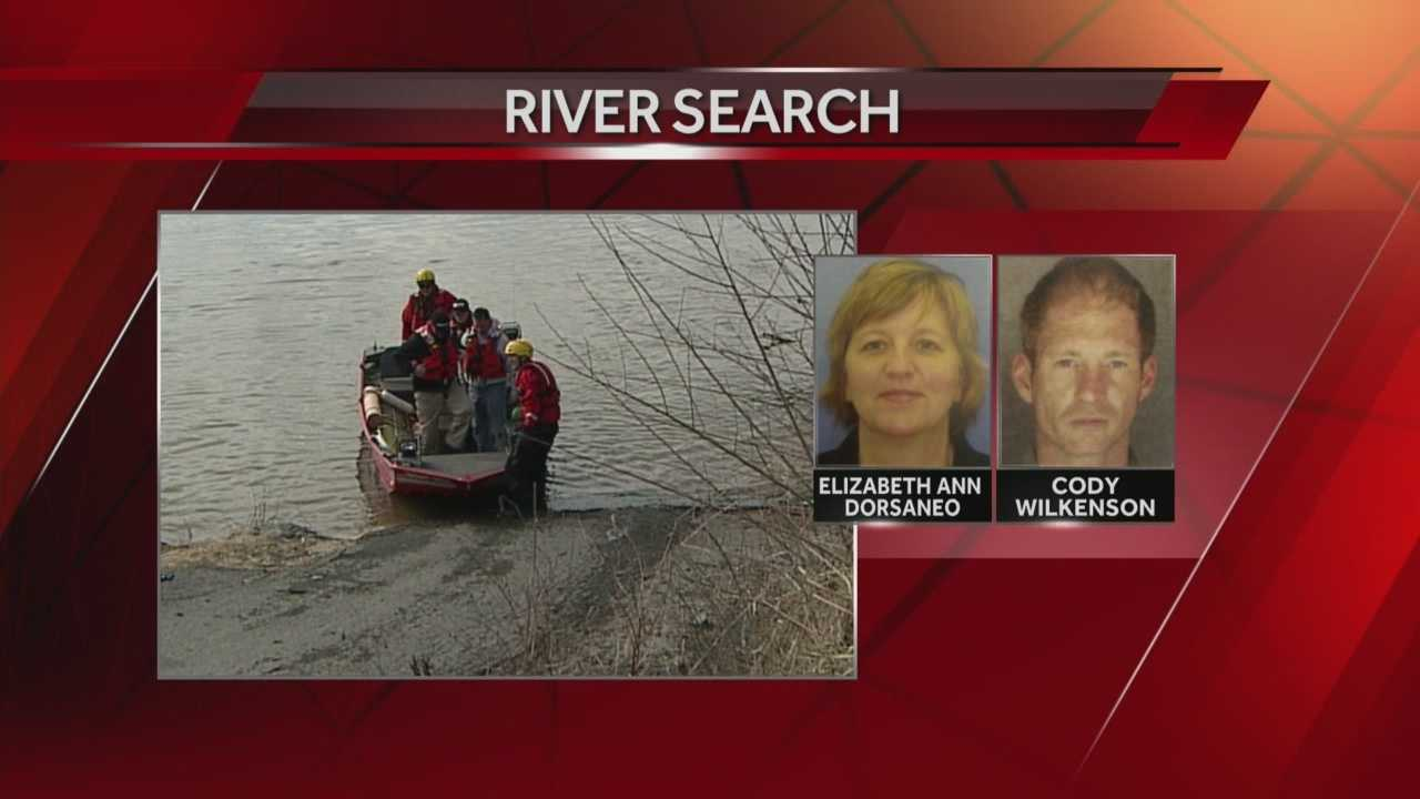 Missing boaters search resumes 4.1.14