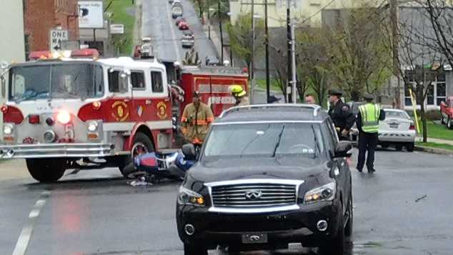 4.29.14-motorcycle-crash-04.jpg