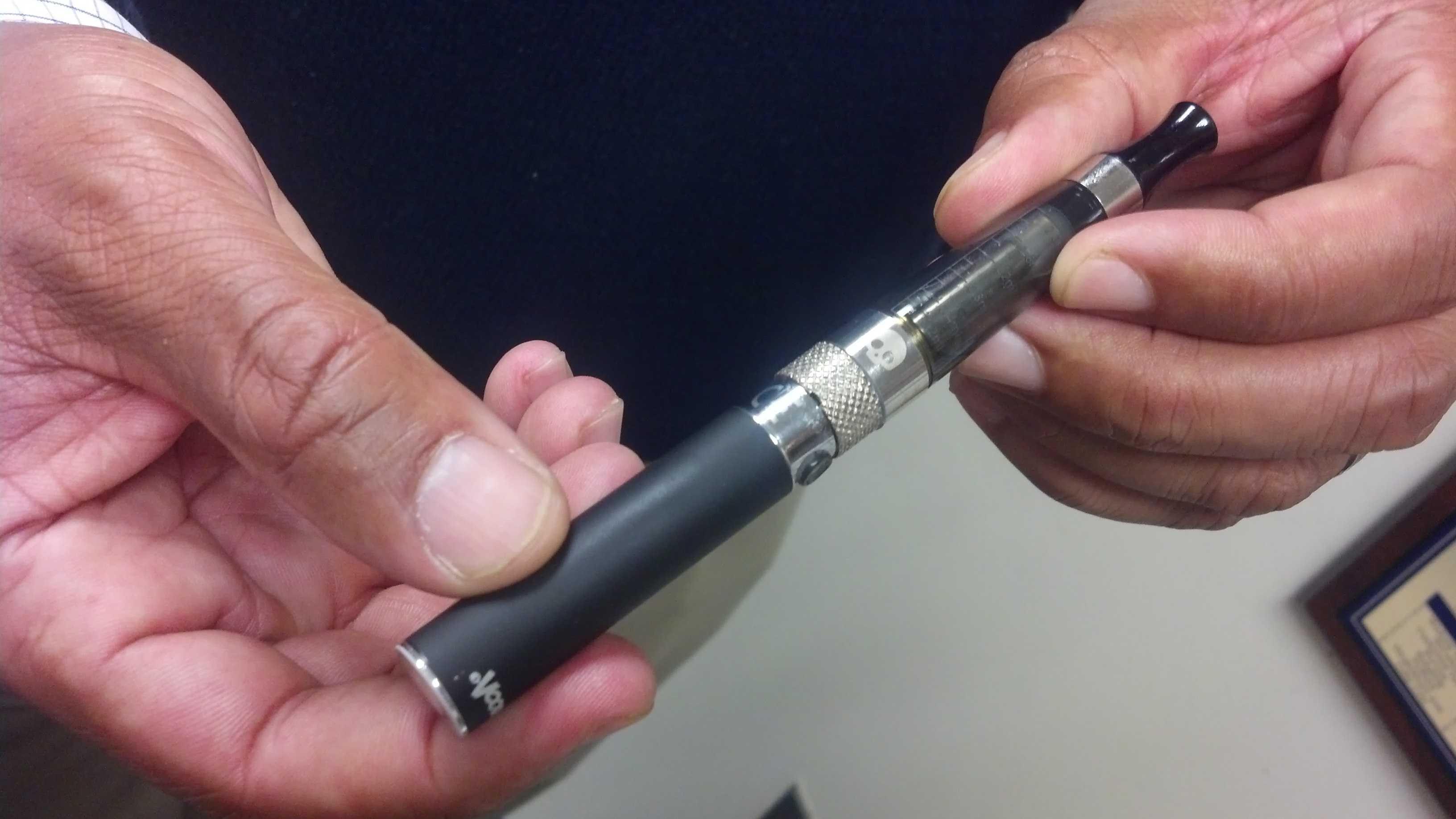 A smokeless pen.