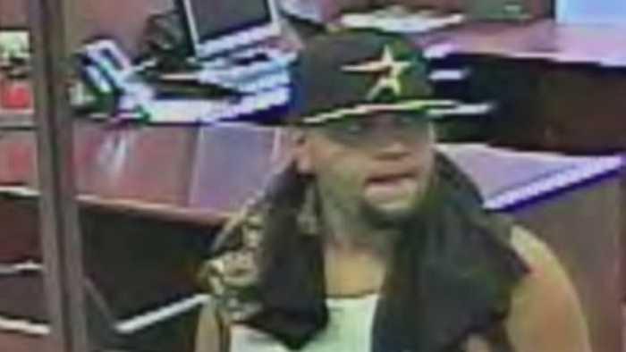 8.7.14-bank-robbery-06.jpg