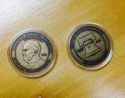 Commemorative papal coins: $10