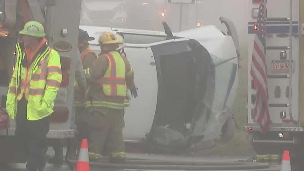 12.10.15 windsor township crash van