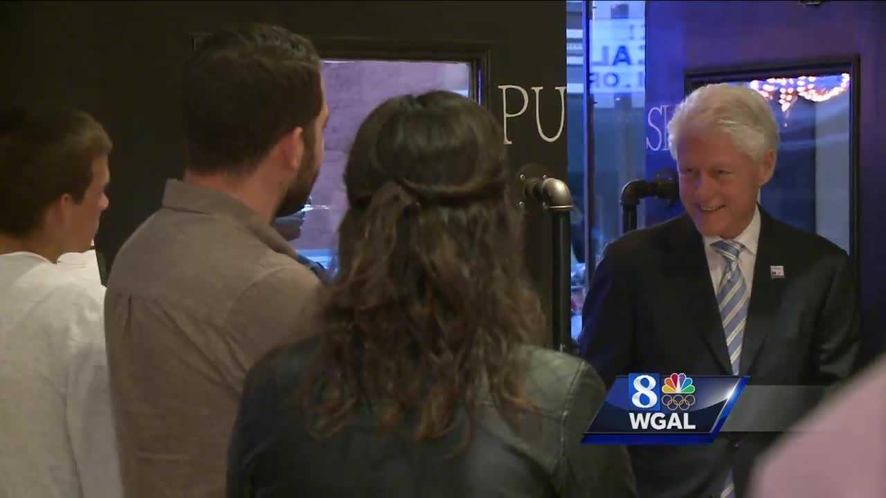 4.24.16 Surprise! Former President Bill Clinton visits Lancaster cafe