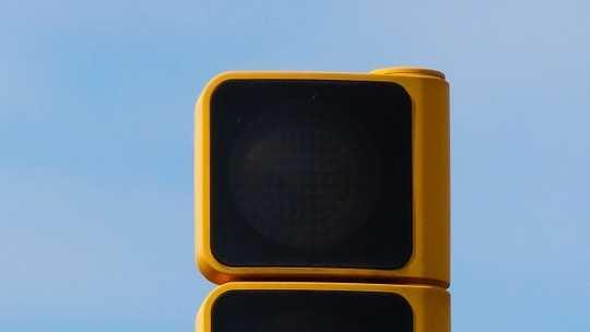 green-traffic-light-938031_960_720.jpg