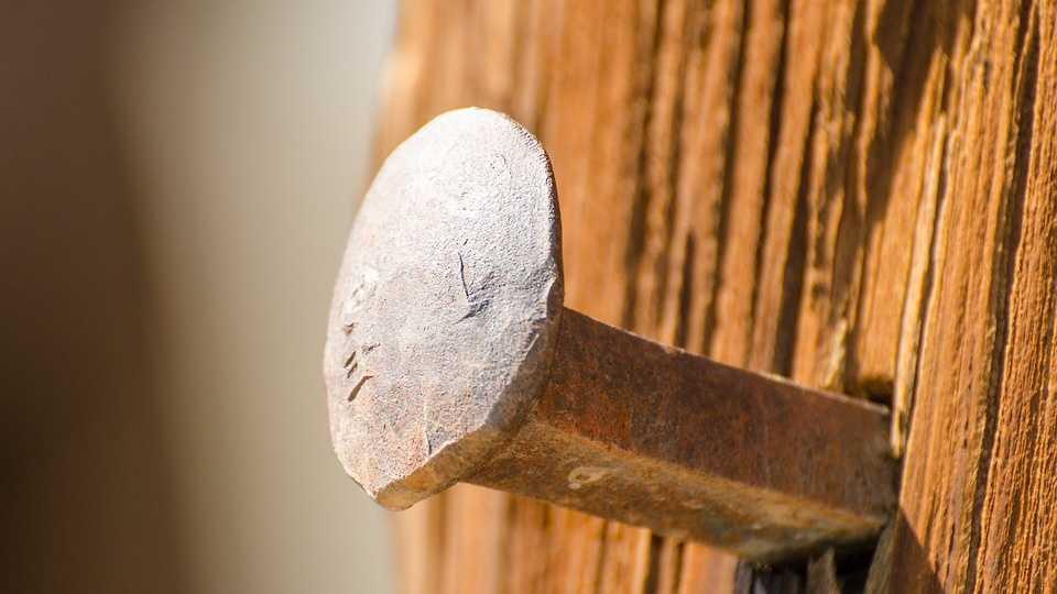 railroad-stakes-1110431_960_720.jpg