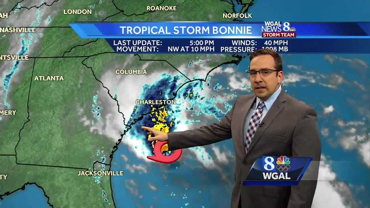Dry Start, But Wet End to Sunday&#x3B; Showers & T'Storms Linger into Memorial Day