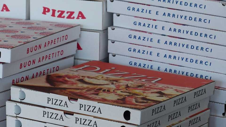 pizza-boxes-358029_960_720.jpg