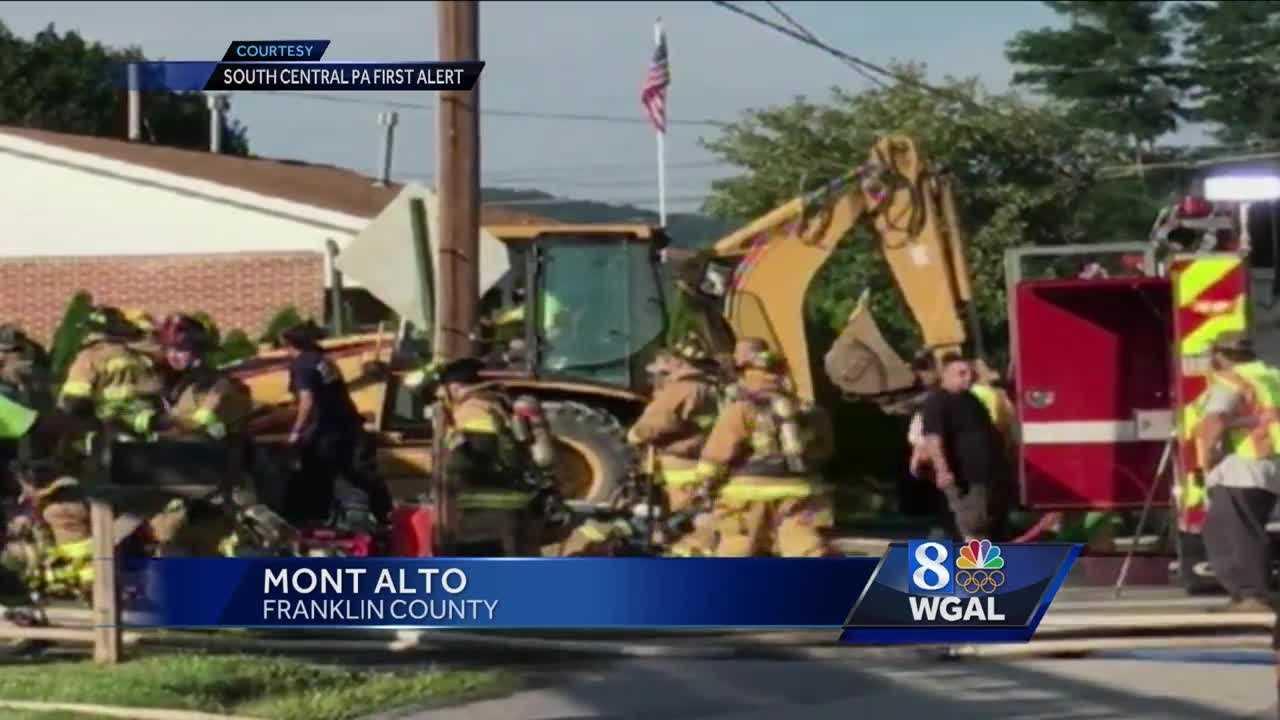 7.21.16 Fatal crash vehicle into house