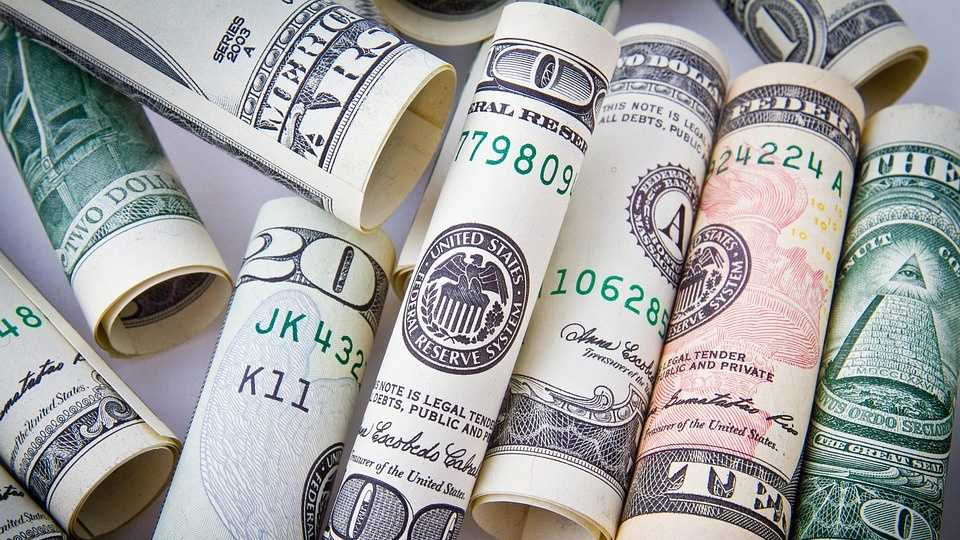 9.6.16 pixabay money.jpg