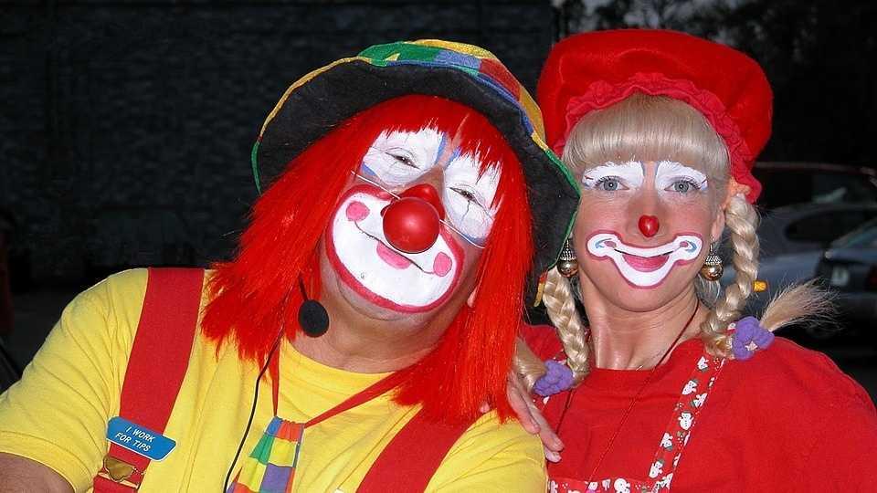 9.28.16 pixabay clowns.jpg