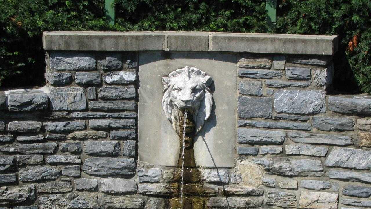 A fountain at Lititz Springs Park.