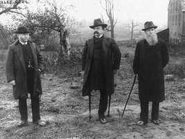 Years later Sickles, center, would revisit the battlefield. This shot was taken in 1886, near the very spot (you can see the barn in the background) where Sickles lost his leg.