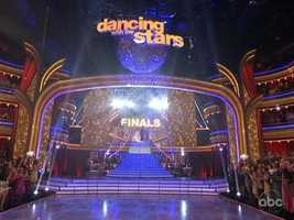 Donald Driver, Katherine Jenkins and William Levy hit the ballroom Monday to open the two-night Dancing With The Stars finale.