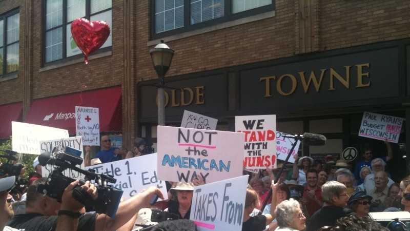 nuns protest3