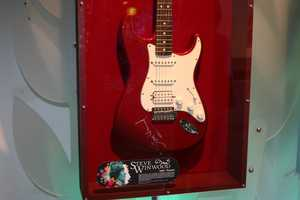 Steve Winwood signed guitar