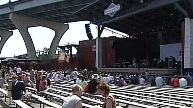 Some vendors at Summerfest told 12 News that the heat definitely kept the crowds down at the Big Gig.