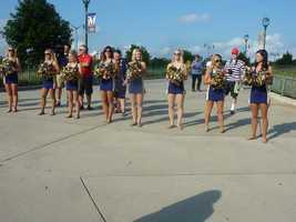 Brewer's Diamond Dancers cheered on the participants at the finish
