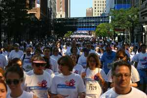 That is a lot of white shirts!  Pictured roughly 3rd to 7th streets on Wisconsin Avenue.