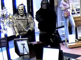Glendale police are hoping someone may recognize clothing worn by two subjects who robbed the Educators Credit Union at gunpoint Thursday.