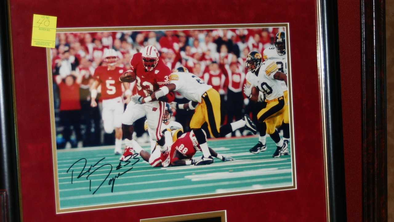 Ron Dayne autographed Badger's picture