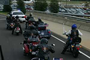 As the 200+ Wisconsin WWII vets and their guardians left the airport they were led by a National Parks Police escort.