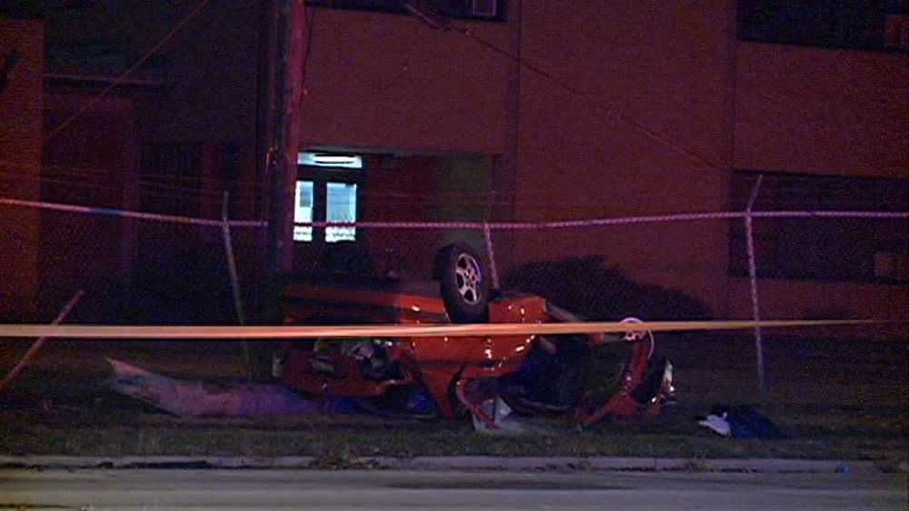 Fatal rollover crash in Milwaukee