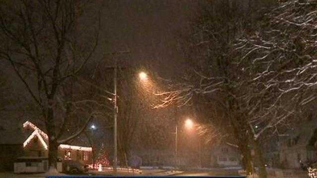 Snow falling in Waukesha