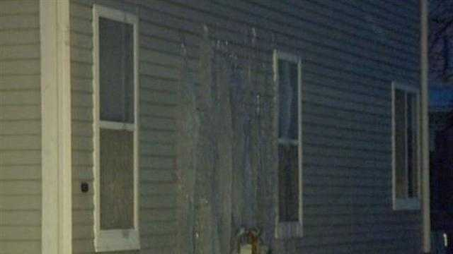 Kenosha home floods after pipes burst