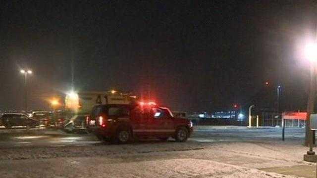 Southwest flight from Austin Texas makes an emergency landing at Mitchell International Airport.