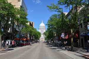MadisonPopulation: 233,000 -- 60.6 percent single