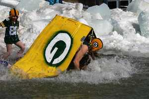 A homemade boat didn't help these Packers fans.