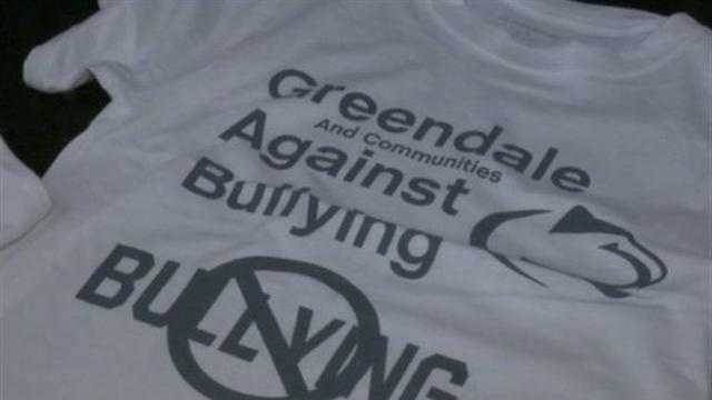 Former Packers player helps spread anti-bullying message