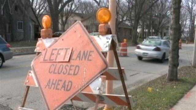 Left lane closed - Tosa