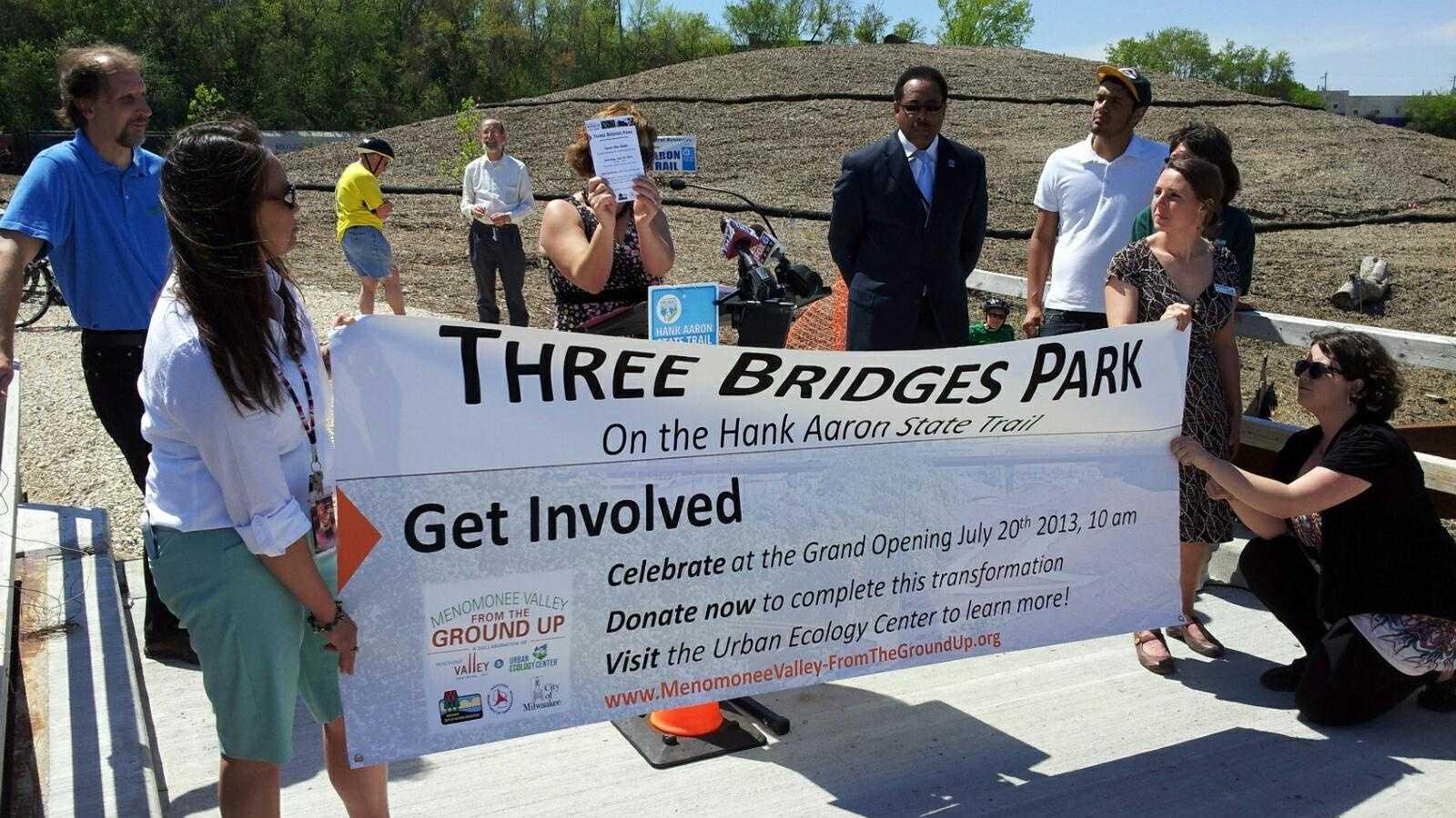 Three Bridges sign