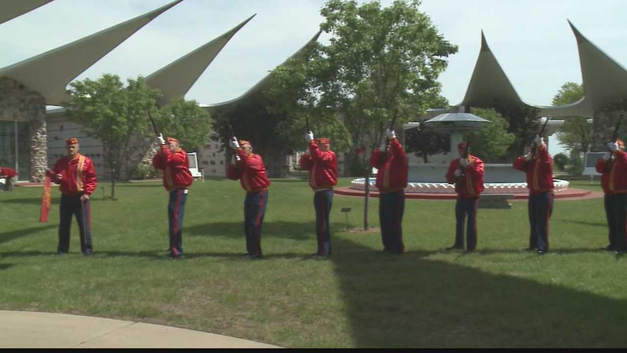 Marines honored at Wisconsin Memorial Park