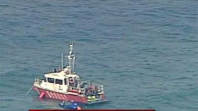 2 dead in Lake Michigan plane crash