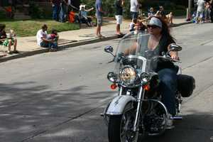 Click here to see more photos of other Harley events around town.