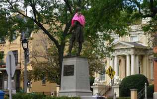 Robert Burns statue at the intersection of Prospect Ave, Knapp St and Franklin Pl
